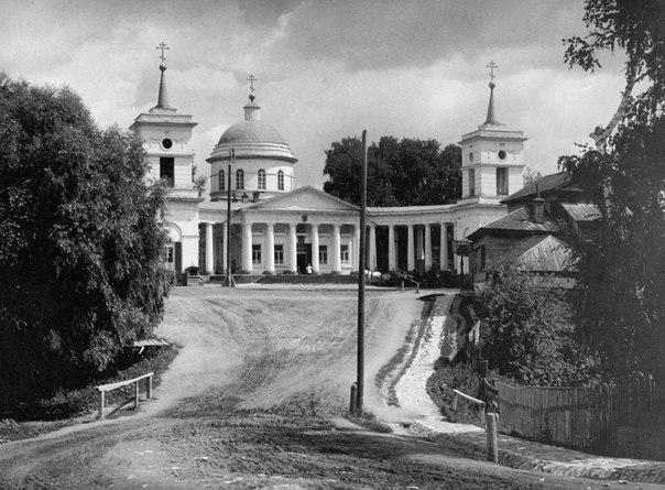 Спасский храм в начале XX века
